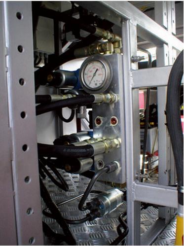 注塑机增压器应用